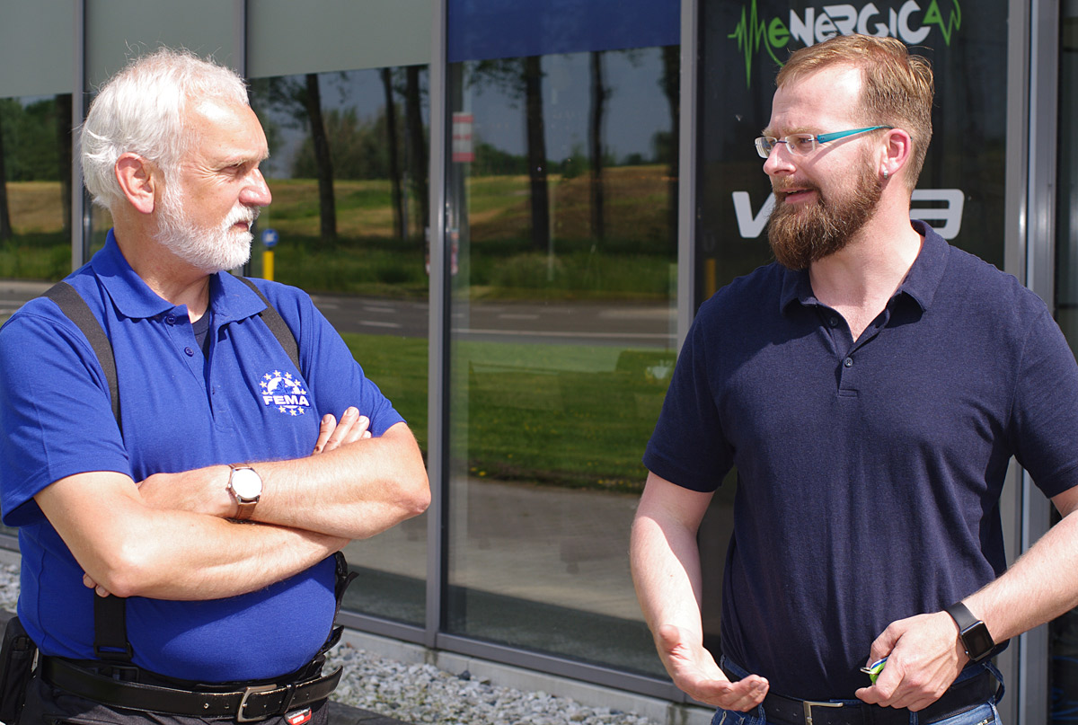 FEMA's Dolf Willigers (left) talking to Marchel Bulthuis.